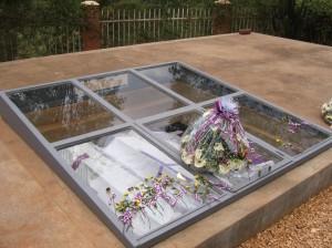Mass grave memorial - KMC
